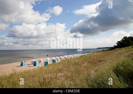 beach chairs 'Strandkorb' on the beach in the seaside resort Zinnowitz, Usedom island, Mecklenburg-Vorpommern, Germany - Stock Photo