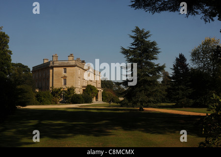 THE HOME OF LIONEL DE ROTHSCHILD, EXBURY HOUSE AT EXBURY GARDENS, NEW FOREST HAMPSHIRE - Stock Photo