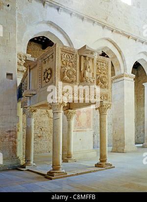 Pergamo of the abbey of S.Clemente a Casauria near Pescara and Chieti. - Stock Photo
