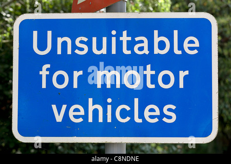 England, Unsuitable for motor vehicles sign - Stock Photo