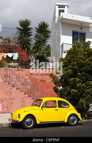 Yellow Volkswagen Beetle. Los Llanos de Aridane, La Palma, Canary Islands. - Stock Photo