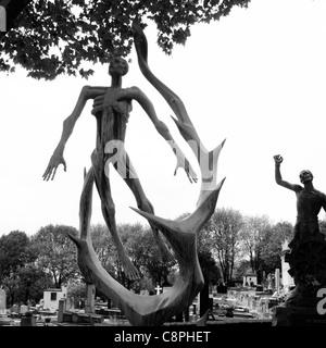 Holocaust memorial, Père-Lachaise cemetery - Stock Photo