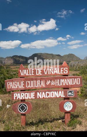 PINAR DEL RIO: VINALES VALLEY SIGNPOST AND SCENARY - Stock Photo