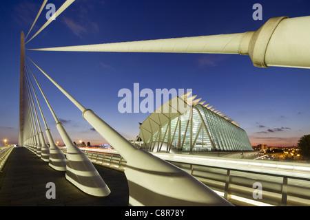 Puente de l Assut, bridge, City of sciences, Calatrava, Valencia, Spain - Stock Photo