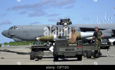 OPERATION ENDURING FREEDOM (AFIE) -- Air Force munitions specialists from the 28th Air Expeditionary Wing download - Stock Photo
