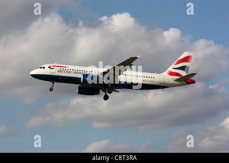 Civil aviation. British Airways Airbus A320 passenger jet plane on approach - Stock Photo