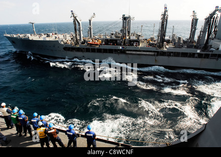 Sailors assigned to Deck Department aboard the amphibious transport dock ship USS San Antonio (LPD 17) - Stock Photo