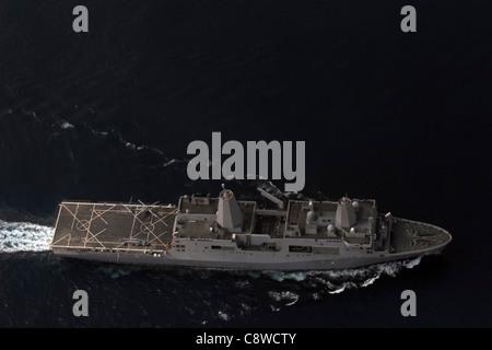 The amphibious transport dock ship USS San Antonio (LPD 17) patrols in the Gulf of Aden. - Stock Photo