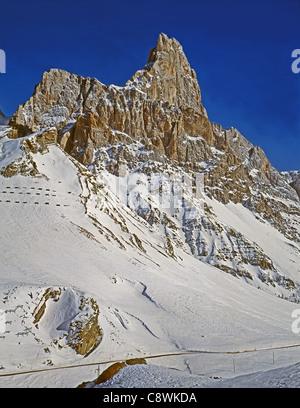 The Pala group (Italian: Pale di San Martino, Dolomiti delle Pale or Gruppo delle Pale) is a mountain range in the - Stock Photo