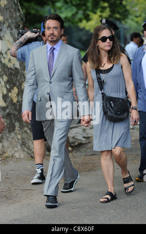 Robert Downey Jr Susan Levin on locationAVENGERS Filming On Location Central Park New York NY September 2 2011 Photo - Stock Photo