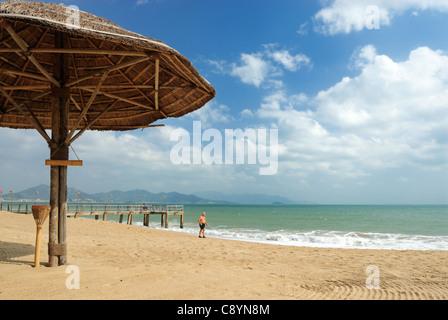 Asia, Vietnam, Nha Trang. The 'Resort Ana Mandara' bar at Nha Trang's beach promenade Tran Phu.... - Stock Photo