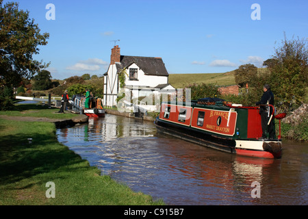 The Shropshire Union canal is 67 miles long and spans four counties the West Midlands Staffordshire Shropshire and - Stock Photo