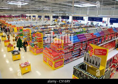 Interior of Tesco extra supermarket, Yate Shopping Centre, Yate, Gloucestershire, England, United Kingdom - Stock Photo