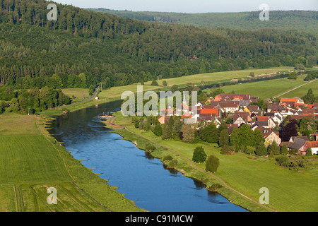 Aerial view of the Weser river and the village of Wahmbeck on a bend in the river, Lower Saxony, Germany - Stock Photo