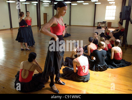 Dancers in Lizt Alfonso's ballet company in a moment of leisure. Havana, Cuba - Stock Photo