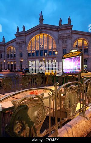 paris gare du nord eurostar train in station intercontinental travel stock photo 5130974 alamy. Black Bedroom Furniture Sets. Home Design Ideas