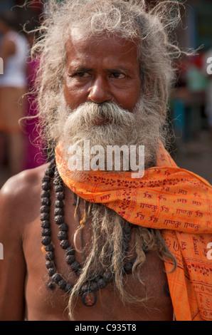 A Hindu holy man, or Sadhu, near Manikula on the outskirts of Kolkata. - Stock Photo