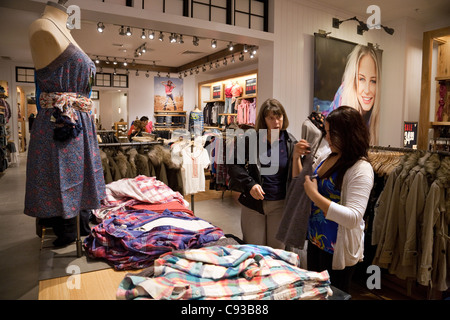 Clothing stores dc