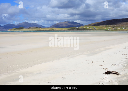 Beach at Seilebost Isle of Harris, Outer Hebrides, Scotland with view to Isle Taransay in the distance - Stock Photo
