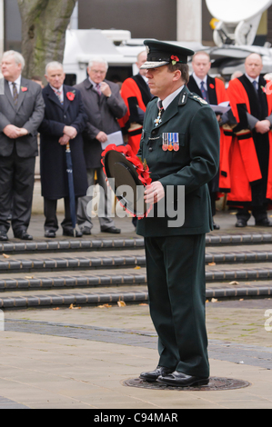 Chief Constable Matt Baggott, PSNI, lays a wreath during the Remembrance Sunday wreath laying ceremony, Belfast - Stock Photo
