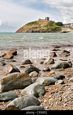 Criccieth beach and Castle in North Wales - Stock Photo