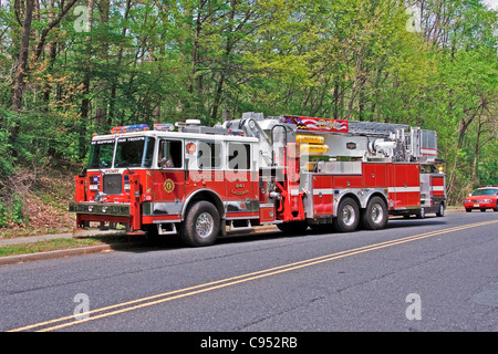 Seagrave Aeialscope 95' Tower Ladder