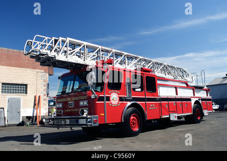 E-ONE Rearmount Ladder Newark Fire Department New Jersey