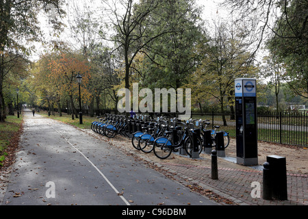 Holland Walk which is situated on the east side of Holland Park in Kensington,also viewed are Barclays-sponsored - Stock Photo