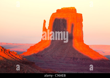 Sunset In Monument Valley Navajo Tribal Park On The Border