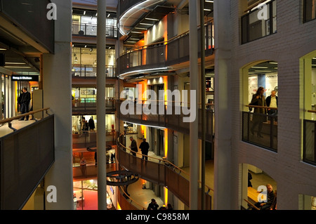 stilwerk building design store modern architecture oval curved glass stock photo 6009784 alamy. Black Bedroom Furniture Sets. Home Design Ideas