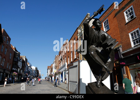Scholar statue at High Street, Guildford - Surrey, England - Stock Photo