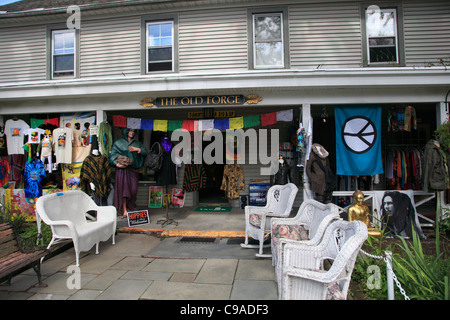 Shop selling hippie, Woodstock festival memorabilia, Woodstock, Catskills, Ulster County, New York, USA - Stock Photo