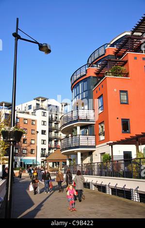 Riverside Apartments, Kingston Upon Thames, Royal Borough Of Kingston Upon  Thames, Greater London
