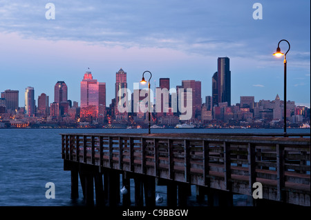 sunset seattle skyline with fishing pier on elliott bay with city, Reel Combo