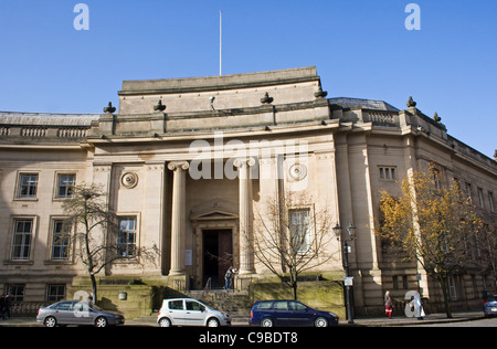 Bolton Magistrates Court. Le Mans Crescent, town centre, Bolton, UK. - Stock Photo