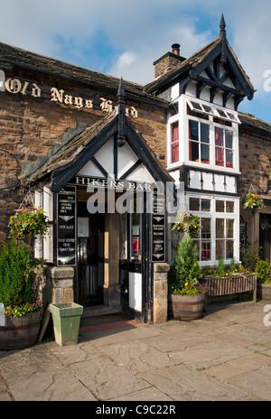 The Old Nags Head Inn at Grindsbrook Booth, Edale, Edale, Peak District, Derbyshire, England, UK