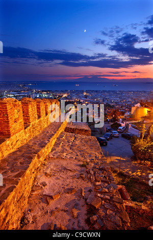 Panoramic view of Thessaloniki from the walls ('Trigoniou Tower') of Ano Poli (means 'upper city'). Macedonia, Greece - Stock Photo