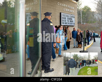 On Friday December 9, 2011, at 5:10 EST, the last of a crowd of approximately 500 attendees waits in line outside - Stock Photo