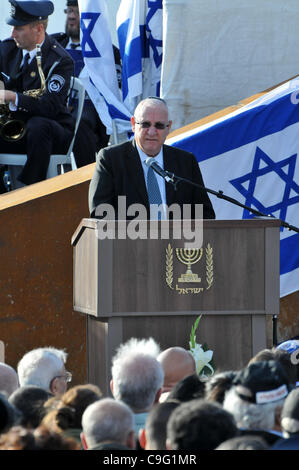 Reuven (Rubi) Rivlin speaker of the Knesset at the One Year Memorial Service for the victims of the Carmel Forest - Stock Photo