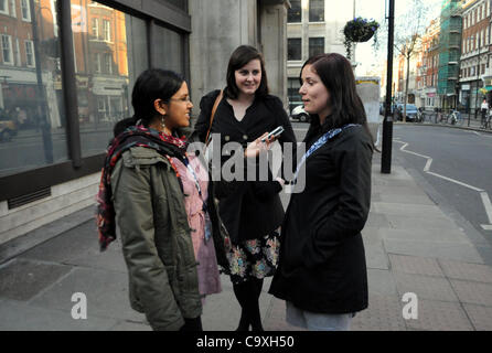 London, UK. 01/03/12. BBC journalist, Saadya Shamsuddin, asks members of the public to put a question to the Mayor - Stock Photo