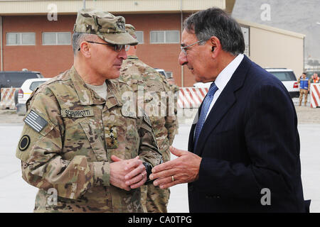 US Secretary of Defense Leon Panetta, right, and U.S. Army Lt. Gen. Curtis Scaparrotti, the commanding general of - Stock Photo