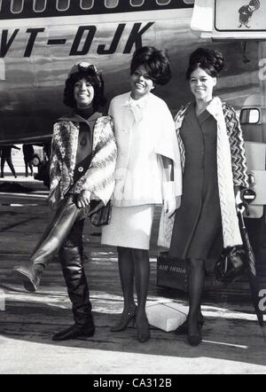 THE SUPREMES.Diana Ross Mary Wilson Florence Ballard.Supplied by   Photos, inc.(Credit Image: © Supplied By Globe - Stock Photo
