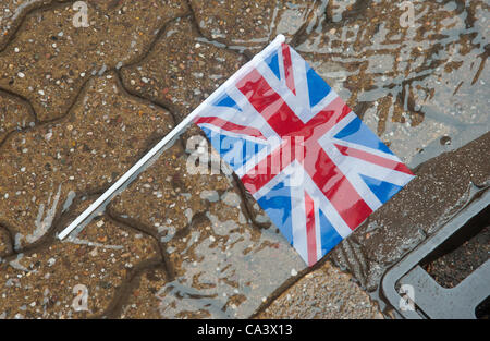 Jubilee Celebrations, Redditch , Worcestershire. Wet weather hit  Jubilee Celebrations across the Midlands, picture - Stock Photo