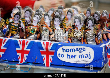 London, UK. Tuesday 5th June 2012. People celebrating the Diamond Jubilee of Queen Elizabeth II during the Celebrations - Stock Photo