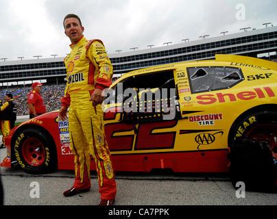 April 14, 2012 - Fort Worth, TX, USA - April 14, 2012 Ft. Worth, Tx. USA. A.J. Allmendinger before the NASCAR Sprint - Stock Photo