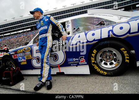 April 14, 2012 - Fort Worth, TX, USA - April 14, 2012 Ft. Worth, Tx. USA. MArk Martin before the NASCAR Sprint Cup - Stock Photo