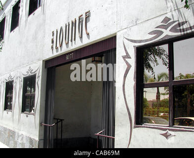 May 08, 2004; Los Angeles, CA, USA; A popular club with Hollywood A-listers. The Lounge, club, hotspot. - Stock Photo
