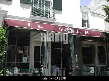 May 08, 2004; Los Angeles, CA, USA; This Hollywood hot spot is a favorite with celebrity couples like Jennifer Aniston - Stock Photo