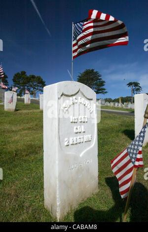 May 31, 2004; San Francisco, CA, USA; Hundreds of veterans from World War II, Korean, Vietnamese, the Gulf War and - Stock Photo