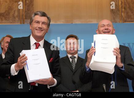 February 5, 2008, Geneve. Ukraine has joined the World Trade Organisation. Ukrainian President Viktor Yushchenko - Stock Photo